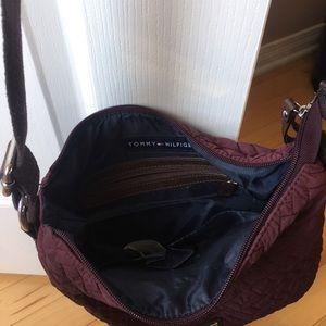 Tommy Hilfiger Bags - Tommy hilfiger cross body bag